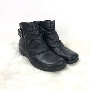 Clarks Black Leather Zip-up Ankle Booties